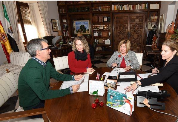 Diputación, Uex y Ayuntamiento de Zarza la Mayor dan los primeros pasos para una futura exhumación en la mina La Paloma