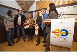 La Diputación saca las Becas Diputación Europa, destinadas a jóvenes titulados desempleados