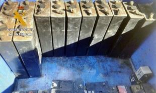 Detenido por robar 26 baterías y una bomba de presión del interior de una empresa de alimentación Villanovense