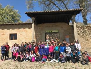La Fundación Yuste imparte una charla sobre la construcción europea a más de 200 alumnos de Talayuela y Navalmoral durante el mes de marzo