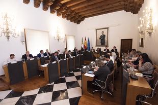 El Pleno aprueba 200.000 euros para que asociaciones de la Tercera Edad puedan desarrollar actividades lúdicas y formativas