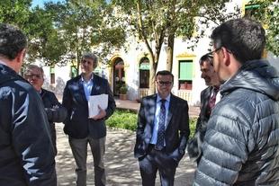 El presidente de la Diputación de Badajoz visita Puebla de Sancho Pérez
