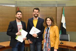 La Diputación y la Federación Extremeña de Folclore presentan las actividades que recorrerán 45 municipios de la provincia