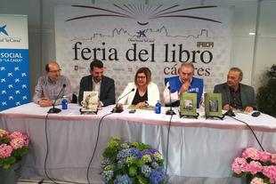 ''El Nano'' y la orfebrería de filigrana, temas de las dos publicaciones de la Diputación presentadas en la Feria del Libro