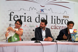 """Publicados dos nuevos volúmenes bilingües de """"El pico de la cigüeña"""", ilustrados por Celia Conejero y GOL"""