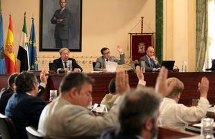 La Diputación de Badajoz celebró hoy el último pleno ordinario de esta legislatura