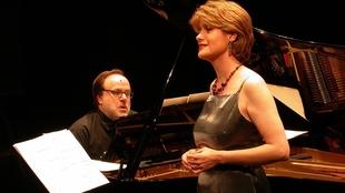 Concierto de la mezzosoprano extremeña Elena Gragera en la Diputación de Badajoz