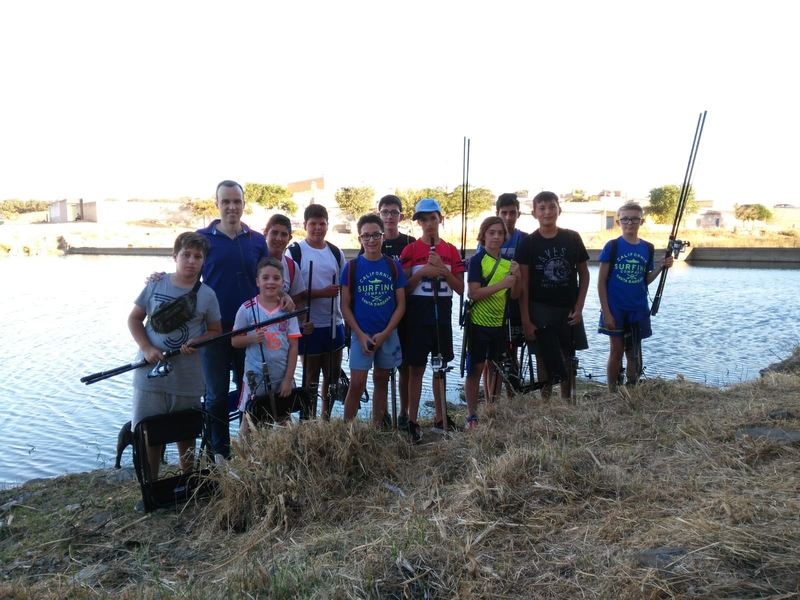 Inaugurado un nuevo curso de la Escuela Municipal de Pesca de Arroyo de la Luz