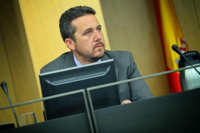 El PP pide en el Congreso medidas que alivien las largas listas de espera de la ITV en Badajoz