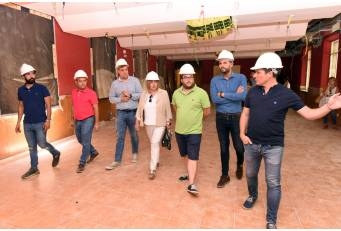La Presidenta satisfecha del buen ritmo de las obras en La Serrana que se espere concluyan a finales de año