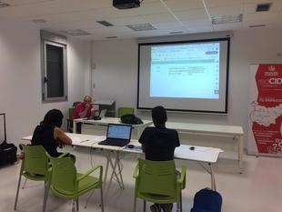 El Anexo CID de Talarrubias acogió el taller 'Contratación Pública con éxito'