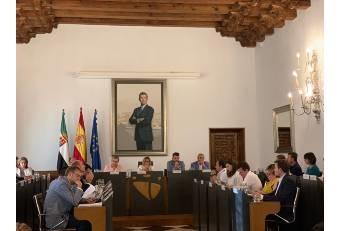 La Diputación celebra pleno en el que se regulariza la situación del Diputado no adscrito