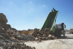 Promedio retira 5.000 toneladas de escombros en setenta localidades durante el primer año del servicio
