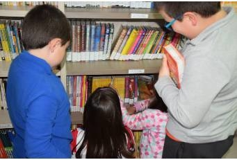 187 bibliotecas y agencias de lectura reciben ayudas para fondos bibliográficos de la Diputación