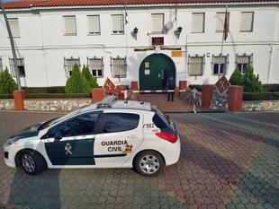 Detenidas tres personas por el robo en una vivienda y un establecimiento de Ribera del Fresno