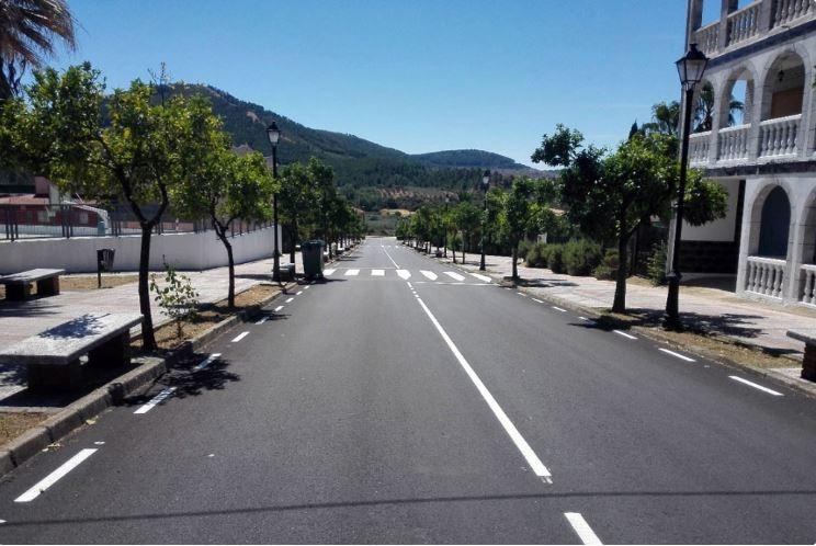 Acometidas las obras de pavimentación de la arteria central de Torrecilla de los Ángeles