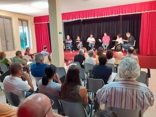 El PSOE de Alcántara recoge las propuestas de gestión de expertos para relanzar el Festival de teatro