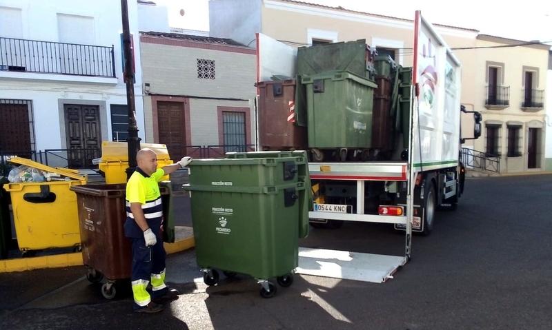 Fuente del Maestre confía en Promedio la recogida y transporte de sus residuos urbanos