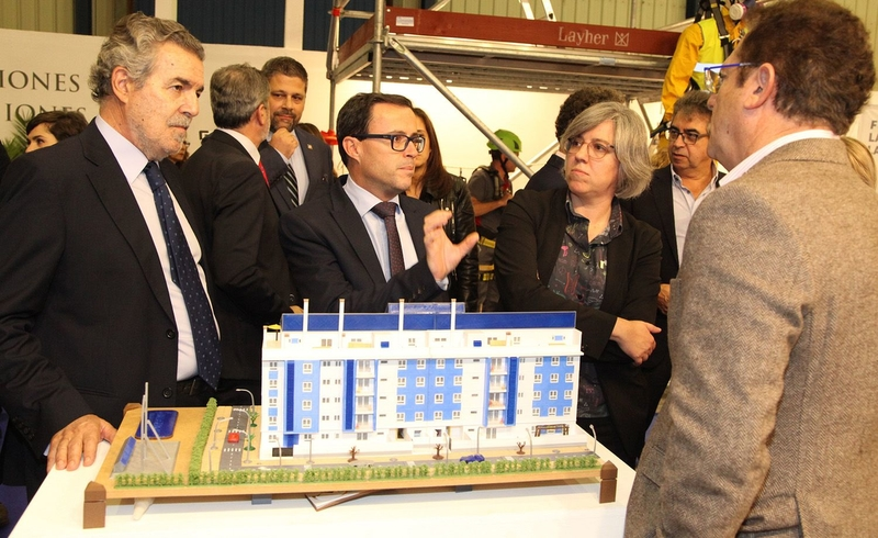 Gallardo anima al sector de la construcción a apostar por la rehabilitación de los cascos históricos
