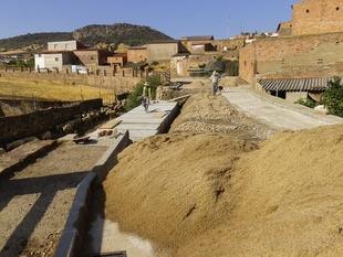 La Diputación de Badajoz reconstruye el colector general dañado por el temporal en Peñalsordo