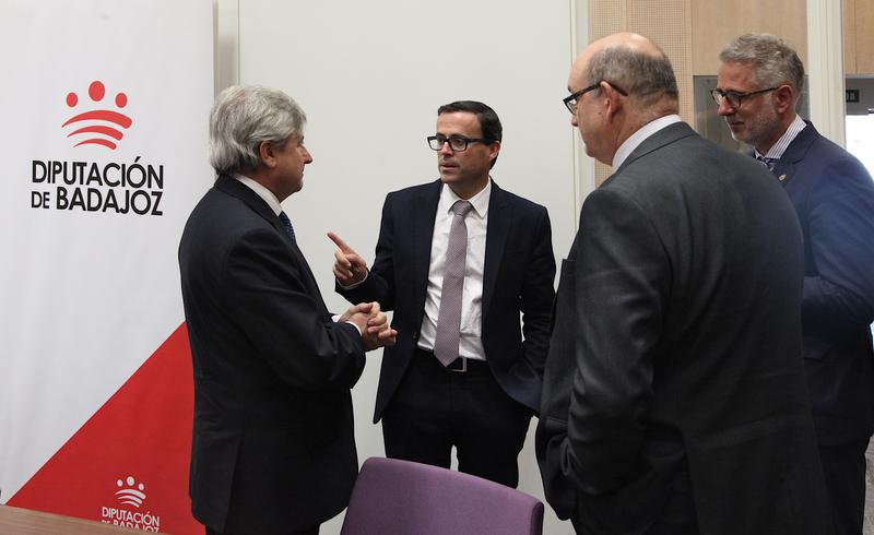 La Diputación de Badajoz y la Dirección General del Catastro firman un nuevo convenio de colaboración