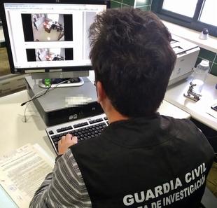 La Guardia Civil detiene al supuesto autor de  once hurtos mediante el procedimiento del ''descuido'', en establecimientos públicos
