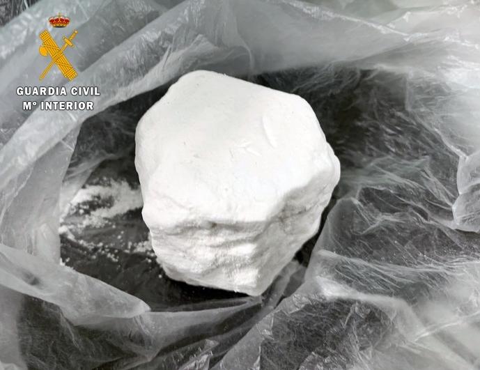 Detenida una persona por un delito de tráfico de drogas, tras intervenirle 30 gramos de cocaína