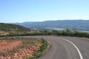 La Diputación de Badajoz aportará 3,4 millones en la mejora de las carreteras de la 'Y Reserva del Cíjara'
