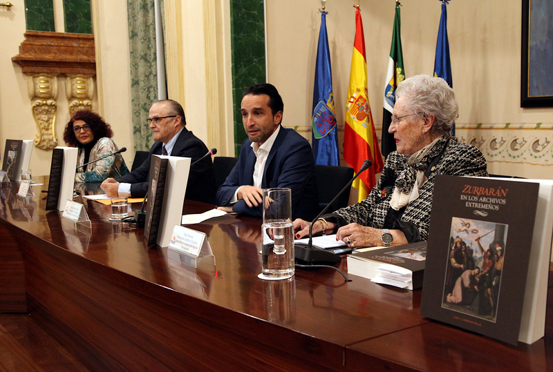 El MUBA presenta en el salón de plenos de la Diputación la publicación 'Zurbarán en los archivos extremeños'