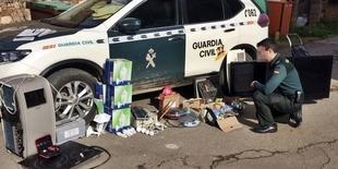 La Guardia Civil detiene a un garliteño por robos en viviendas de sus propios vecinos