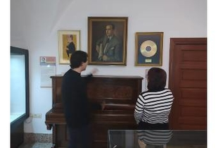 Un retrato del maestro Solano, el nuevo depósito de Casa Pedrilla