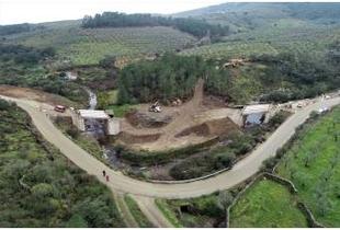 Diputación de Cáceres adecúa la red viaria entre Marchagaz y la carretera regional EX-205