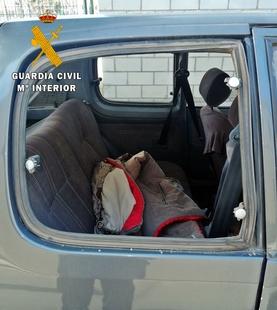 La Guardia Civil detiene a una persona que sustraía efectos en vehículos y posteriormente vendía a través de Internet