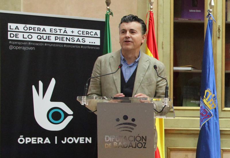 Ramón Gener, encantado con su participación en el programa Ópera Joven de la Diputación de Badajoz
