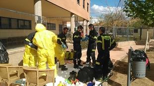 Los bomberos del CPEI ya trabajan de forma conjunta con la UME en la desinfección de las residencias de mayores