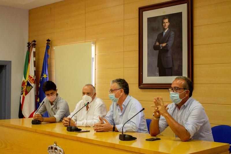 Alumnos de la Escuela de Tauromaquia de la Diputación participarán en una novillada en clase práctica en la Feria de Don Benito