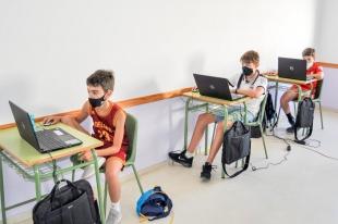 Alumnos del curso Experto Profesional en Robótica realizan sus prácticas como monitores de campamento en Alburquerque