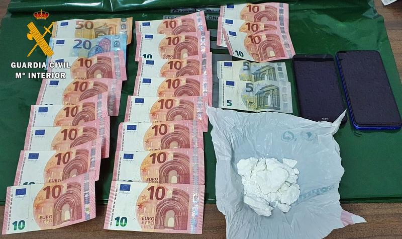 Detienen a un vecino de don Benito por traficar con drogas