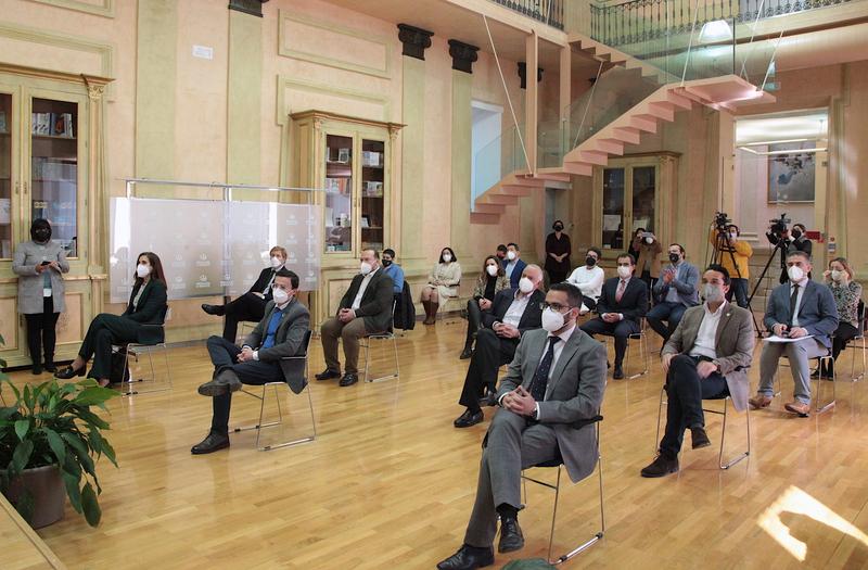 El presidente de la Diputación destaca el esfuerzo de los productores que apuestan por los aceites de oliva de calidad