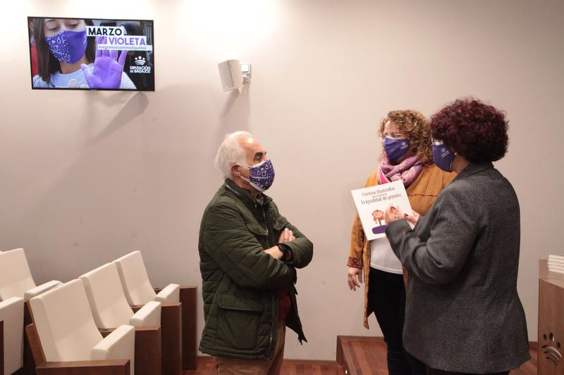 La Diputación de Badajoz conmemorará el Día de la Mujer con un programa denominado 'Marzo violeta'