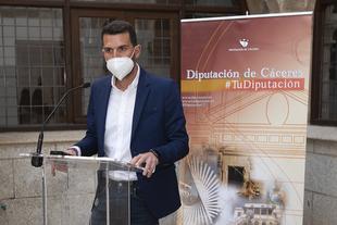 La Diputación de Cáceres estudia una línea de ayudas al sector taurino y explora su incorporación a la actividad turística