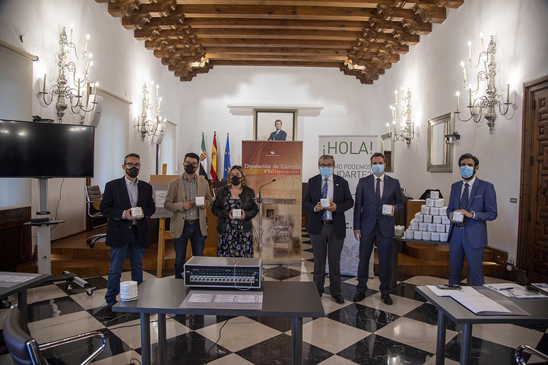Diputación de Cáceres y AECC impulsan una campaña contra el cáncer de colon en los municipios de la provincia