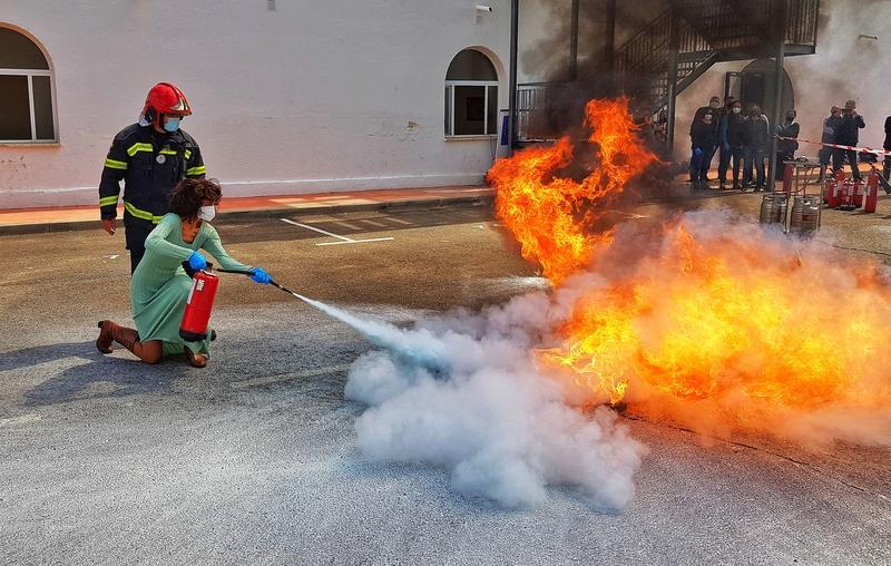 Empleados de la Diputación realizan un curso de capacitación para emergencias y autoprotección