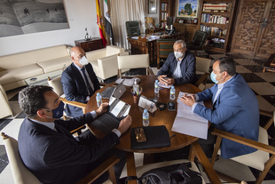 Los presidentes de la Diputación y de la Confederación H. del Tajo muestran su voluntad de trabajar conjuntamente para mejorar el servicio a los munic