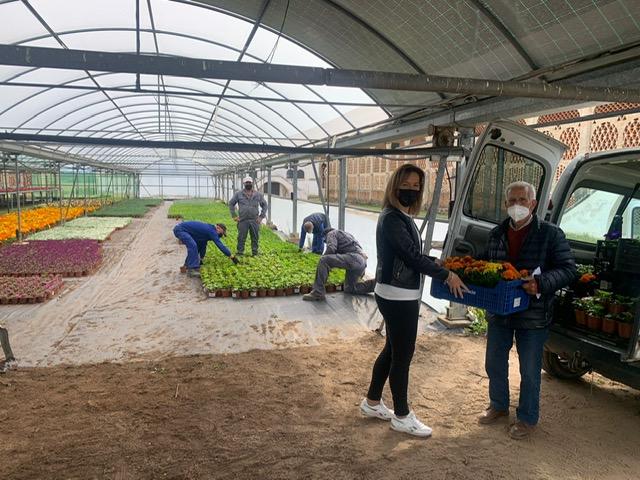 La diputada Elisabeth Martín asiste a la entrega de plantas de la Campaña de Primavera 2021 que arranca con la Mancomunidad de Campo Arañuelo
