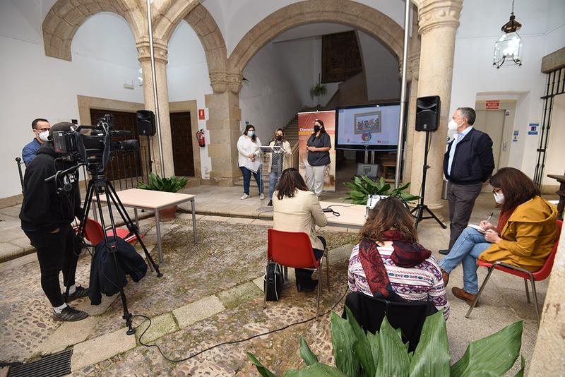 Diputación de Cáceres y Extremadura Entiende visibilizan la diversidad familiar en el ámbito rural