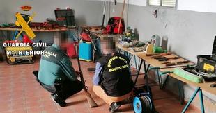 La Guardia Civil detiene a una pareja por la comisión de 13 robos en casas de campo y viviendas de la Campiña Sur