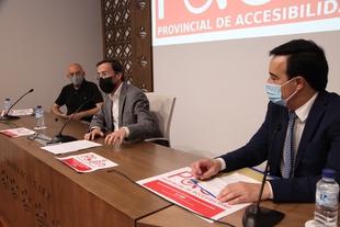 La Diputación de Badajoz invierte 1,1 millones para dotar con un elemento accesible a todos los municipios de la provincia