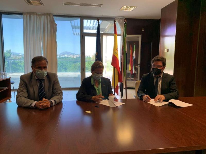 La Junta de Extremadura adjudica a Telefónica cinco lotes del acuerdo marco de Servicios de Telecomunicaciones