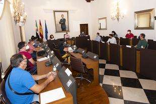 Cerca de 500 mil euros para continuar impulsando el desarrollo económico y social de las comarcas cacereñas